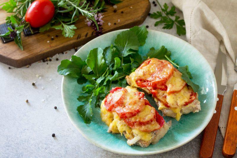 Мясо по-французски с грибами: рецепт на скорую руку