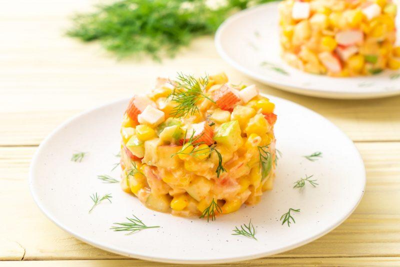 Крабовый салат с шампиньонами