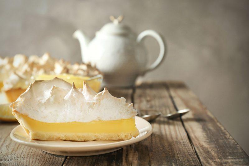 Мандариновый пирог с меренгой: рецепт