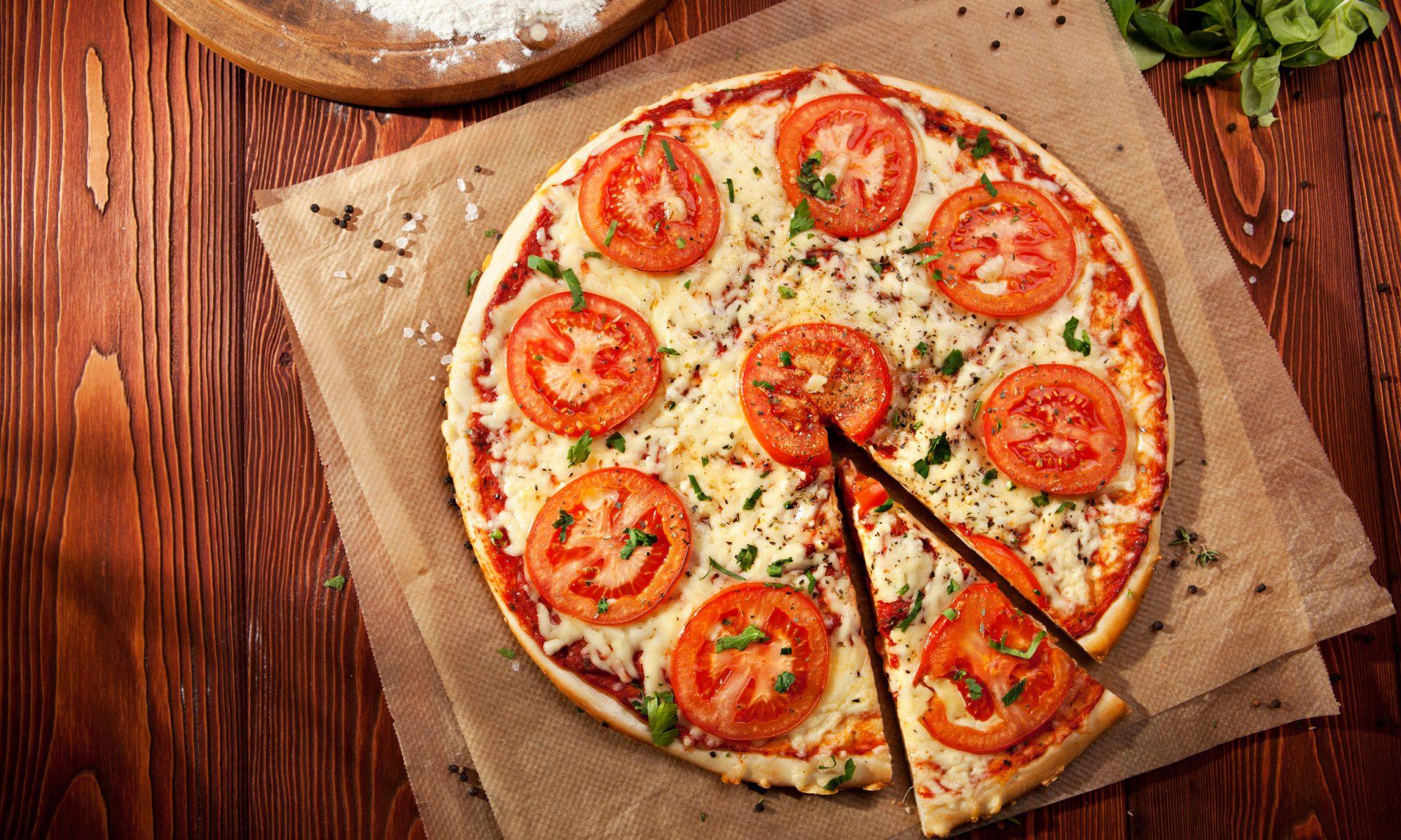 Пошаговое приготовление пиццы на тонком тесте