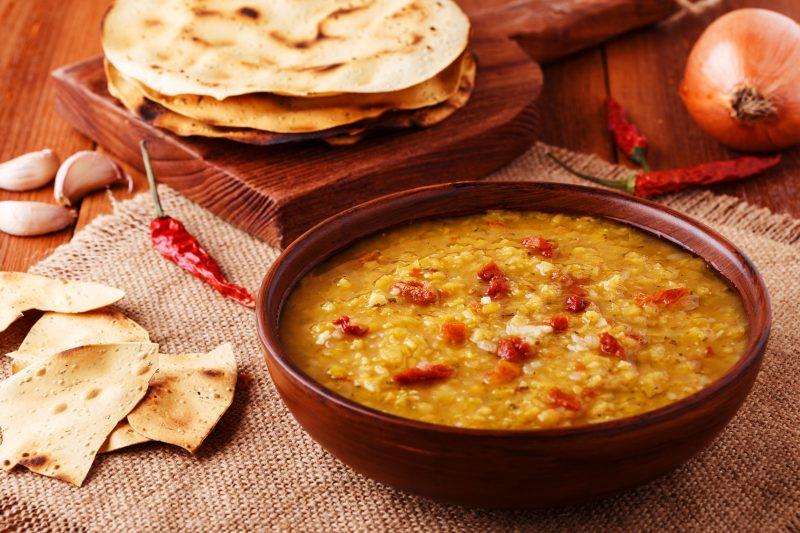 Чечевичный суп с мясом и картофелем