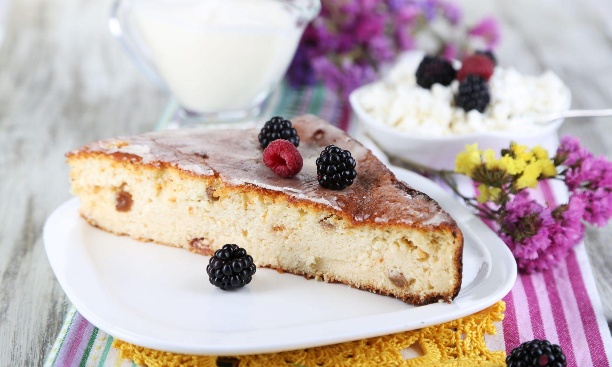 Простой пирог к 23 февраля - творожная шарлотка