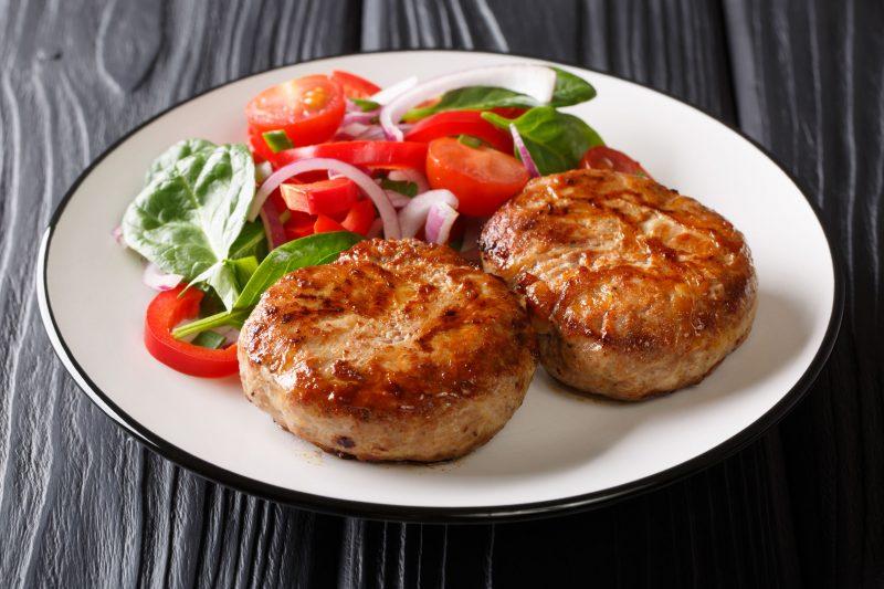 Аппетитные биточки из говядины