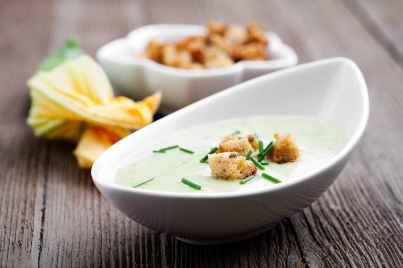 Кабачковый крем суп: 2 самых вкусных рецепта