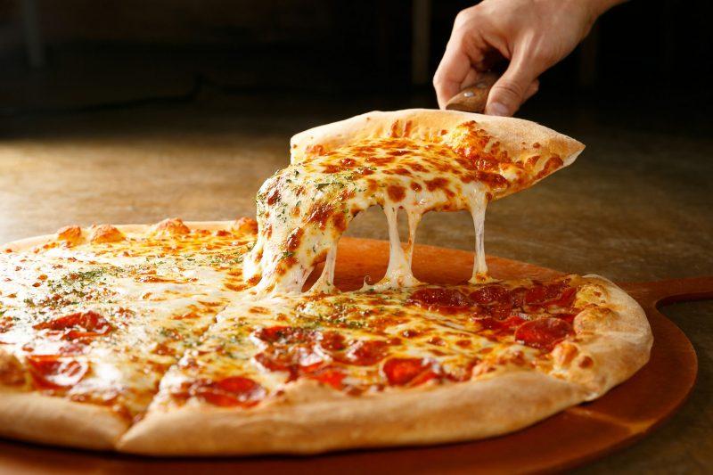 Готовим пиццу на сметане без дрожжей
