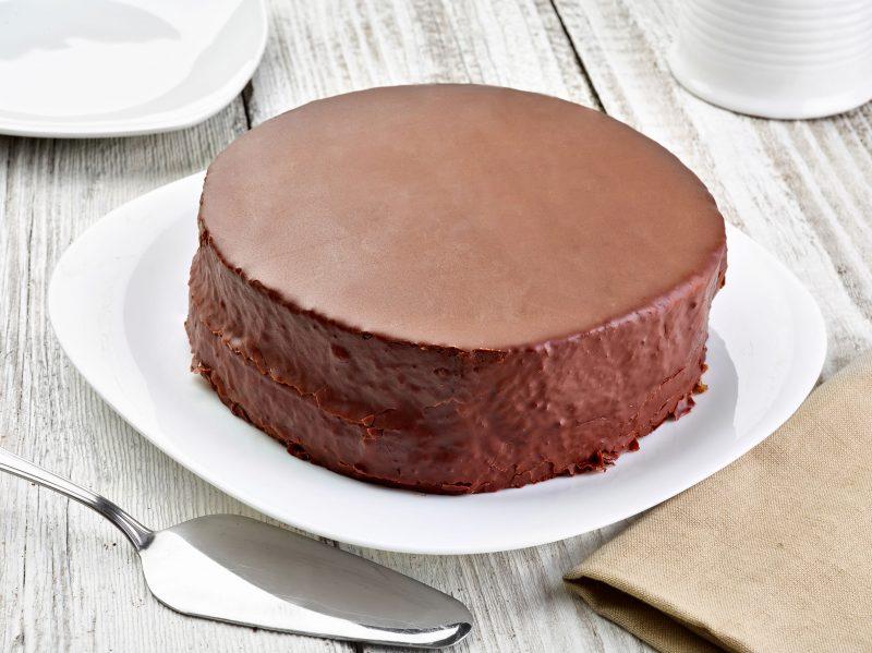 Нежный пирог с творожными шариками
