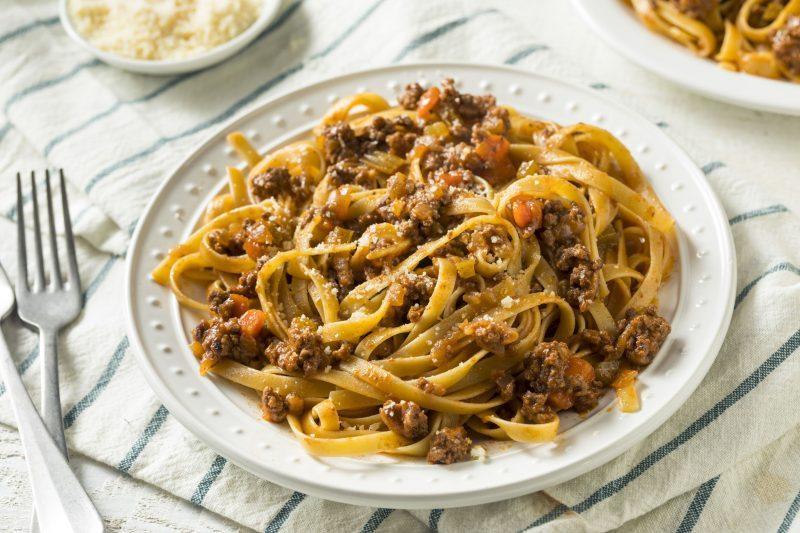 Соус болоньезе и паста: рецепт для домашнего приготовления