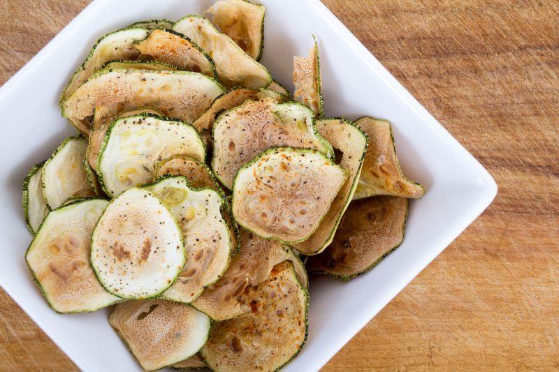 Домашние чипсы из кабачков