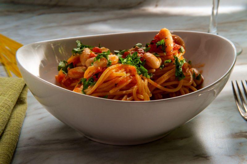 Рецепт спагетти с фасолью на скорую руку