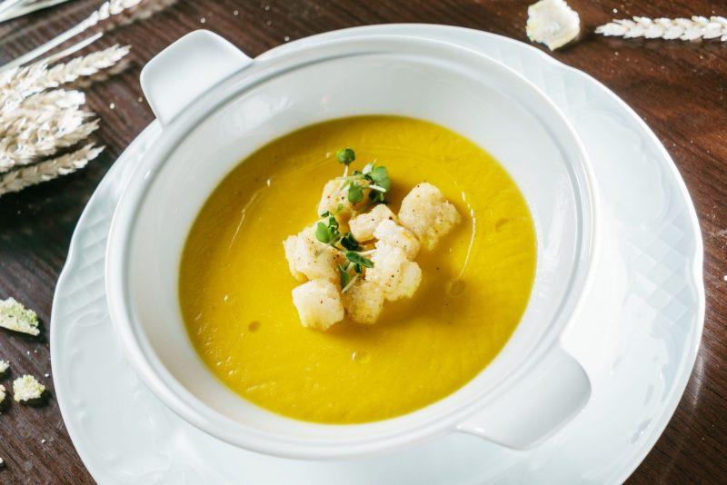 Домашний картофельный суп пюре с сыром