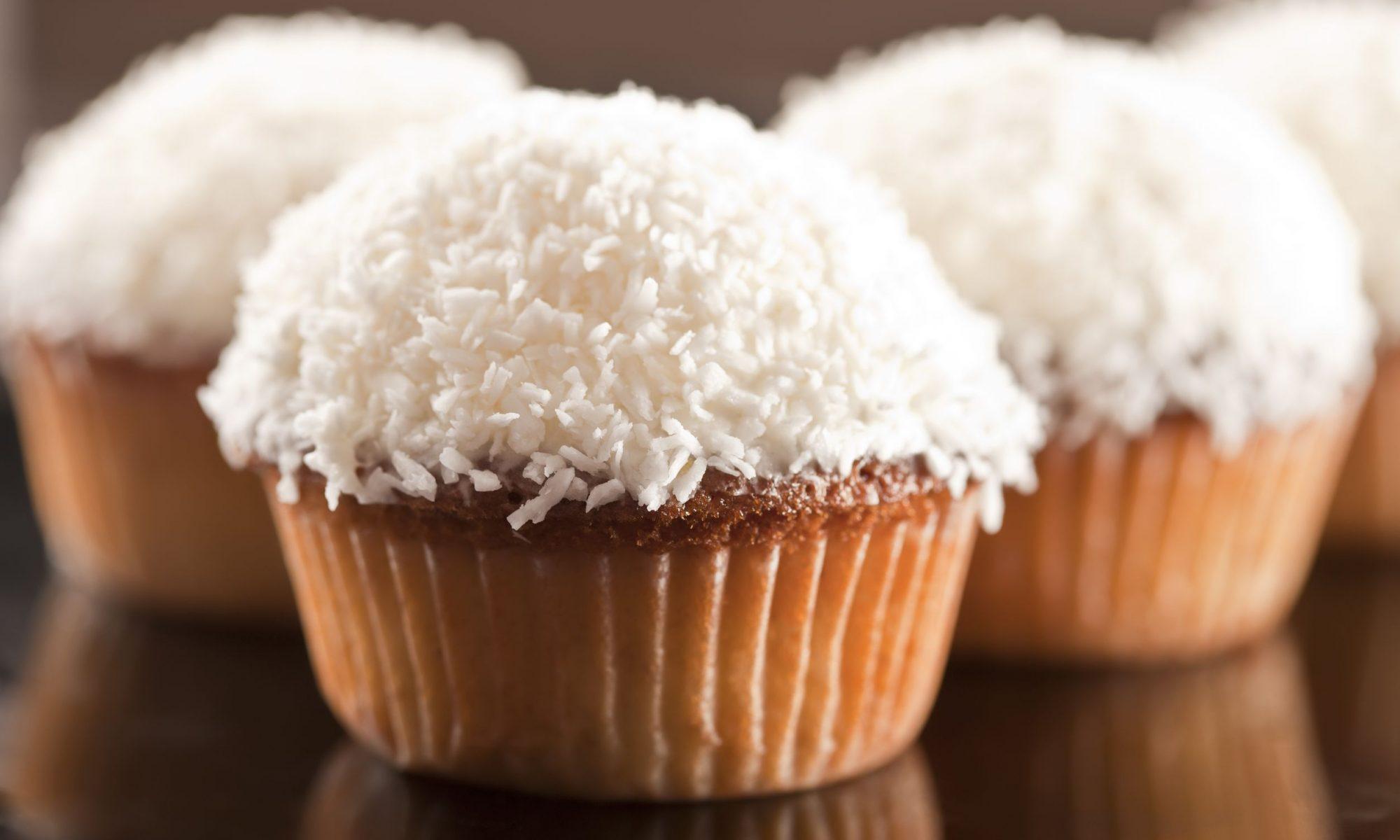 Кекс с кокосовой стружкой: рецепт от Шефмаркет