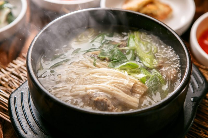 Простой суп из говядины с картошкой и вермишелью