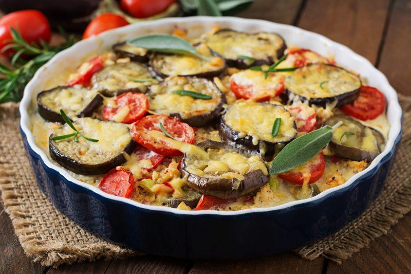 Как приготовить баклажаны с фаршем на сковороде