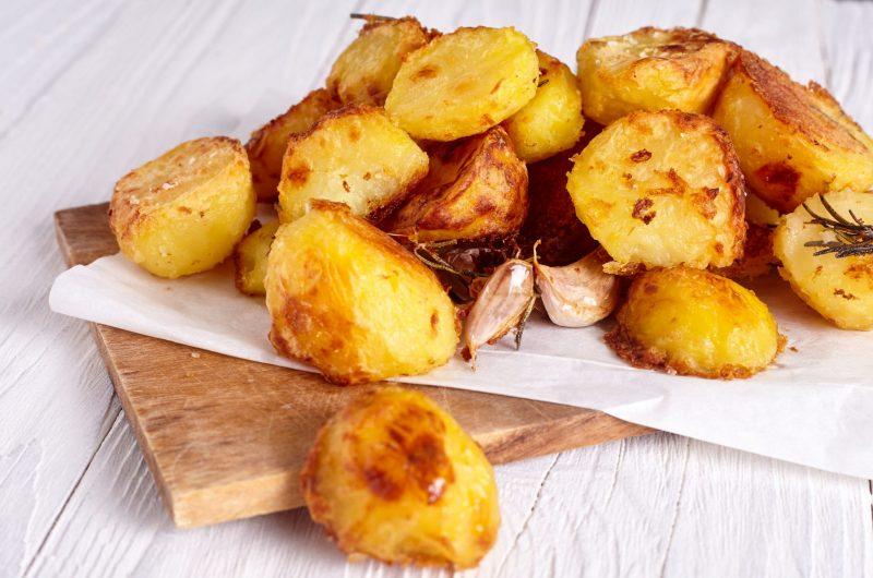 Домашняя картошка по-деревенски во фритюре