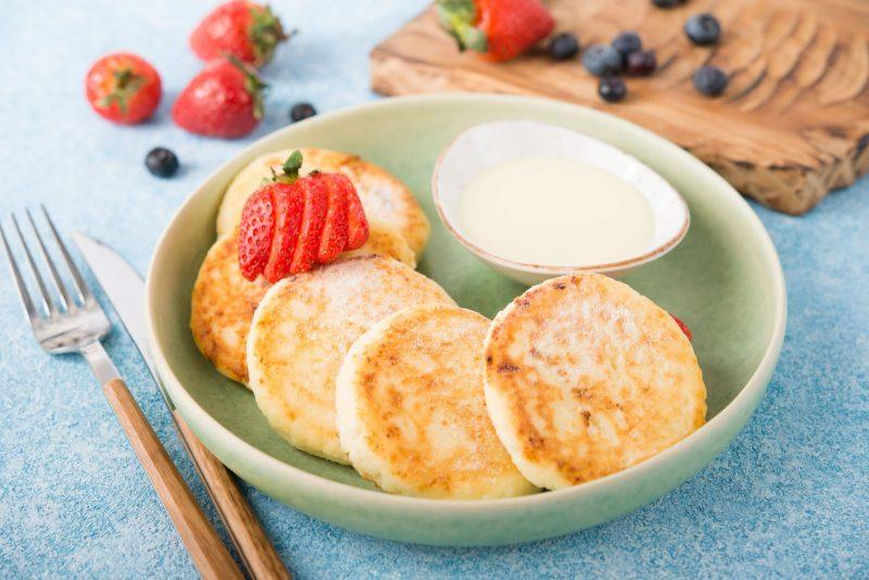 Сырники со сгущенкой на завтрак от Шефмаркет