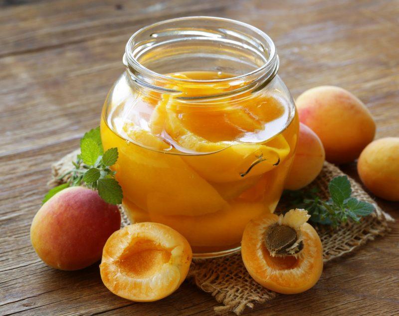 Персиковый компот – классический вариант