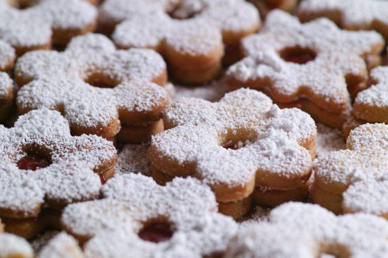 Хрустящее песочное печенье с корицей
