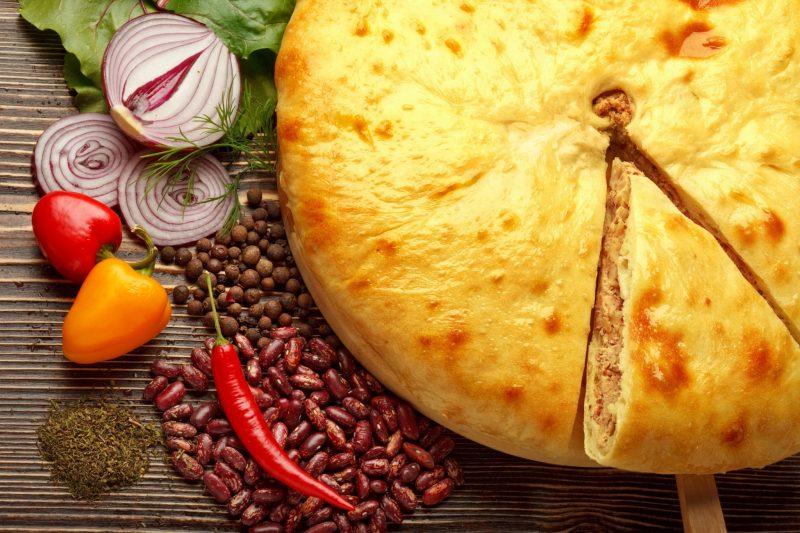 Дрожжевой осетинский пирог на кефире