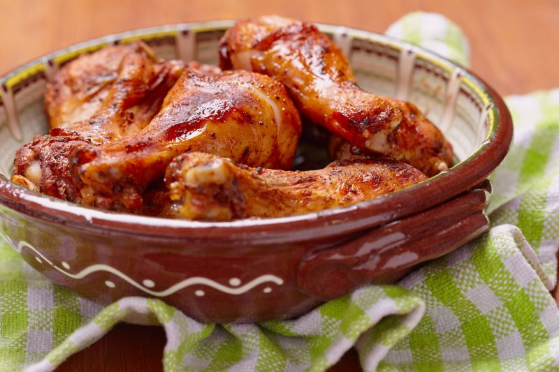 Запеченная в духовке курица с медом и горчицей