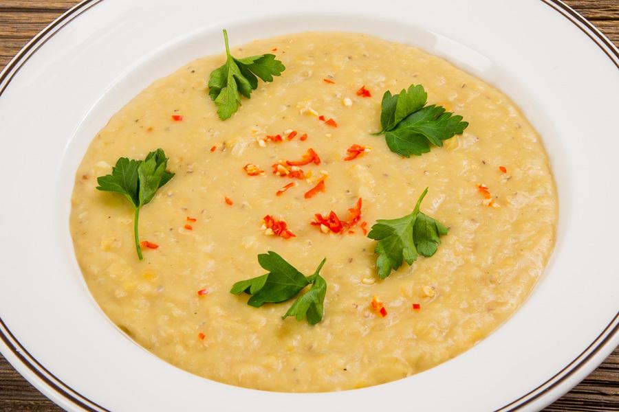 Турецкий чечевичный суп с лимоном